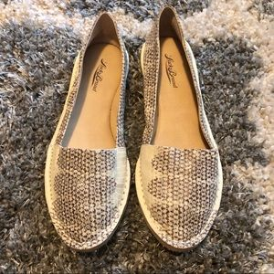 Lucky Brand Leather Flats Size 8.5 NWOB